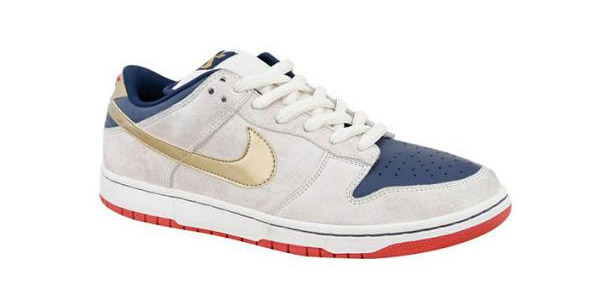 """new products e34c7 003a4 Part of the """"Gentleman s Pack"""", this Nike SB Dunk Low dubbed """"Old Spice""""  resembles the packaging from Old Spice s shaving products."""