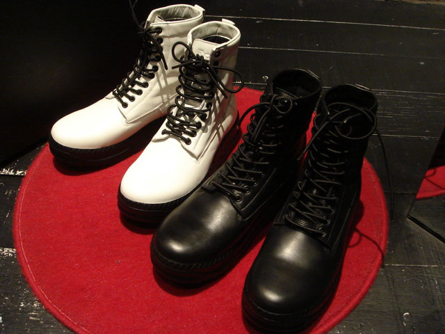 bounty hunter x undercover boots
