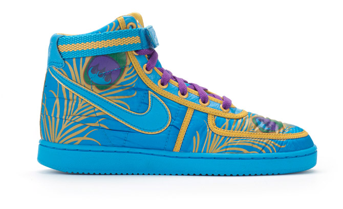 nike shoes high tops colorful. i love high tops totally love