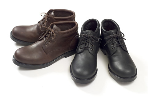victim leather work boots