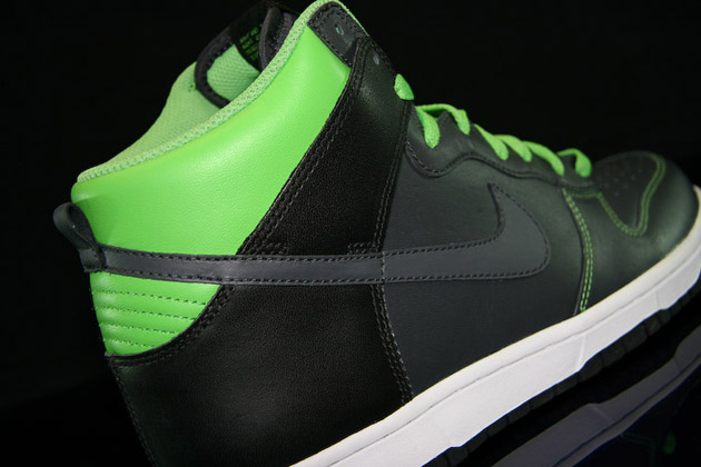 "NIKE Dunk High ""Neon Green"""