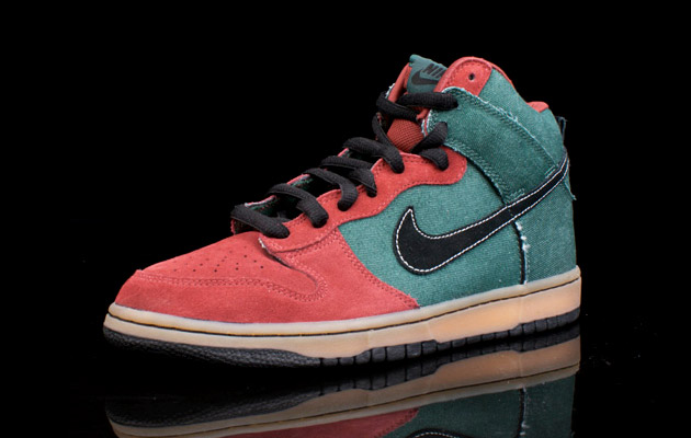 09dbc74e957c Nike SB Dunk High Green Denim | HYPEBEAST