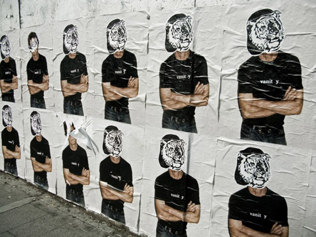 lou-reed-supreme-posters-vandalized-1