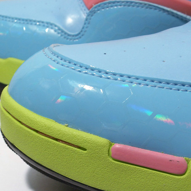 chapter-world-reebok-exclusive-glow-pack-1