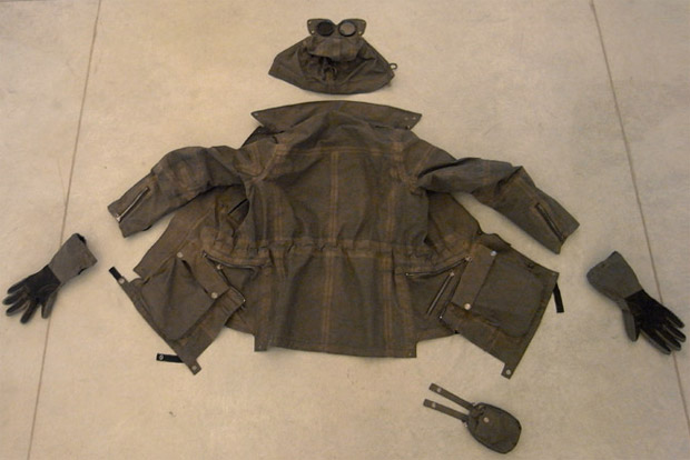 cp-company-1000m-google-jacket-aitor-throup-1