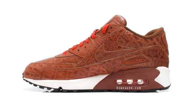 nike-air-max-90-friend-family-croc-1