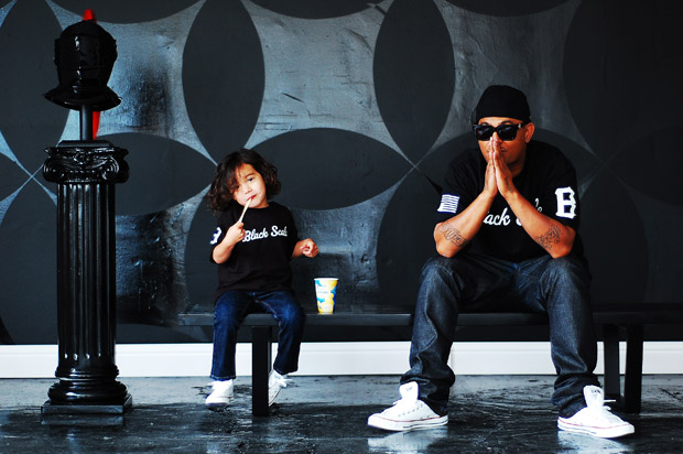 black-scale-invs-kids-00
