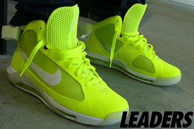 nike-tennis-ball-hypermax