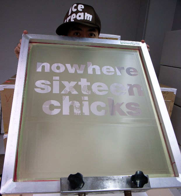 nowhere-sixteen-chicks-tee-1