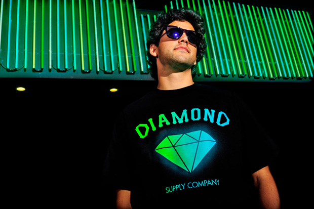 primitive-x-diamond-collab-tee-00