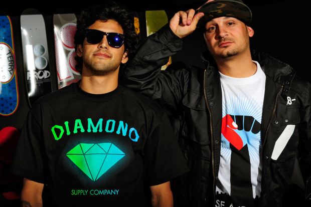 primitive x diamond supply co limited edition logo tee