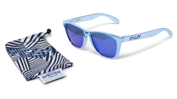 shaun-white-oakley-limited-edition-frogskin-sunglasses