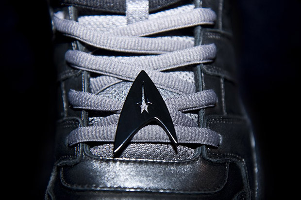 star-trek-staple-airwalk-sneakers-1