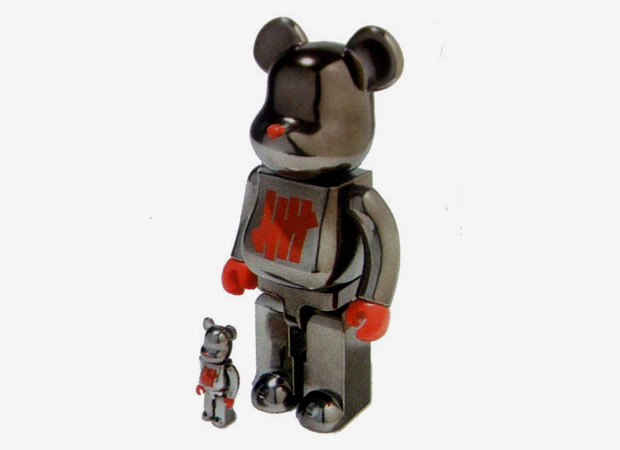 """undefeated-medicom-toy-full-metal-jacket-bearbrick. To coincide with the  recently released Stussy x UNDFTD x realmad HECTIC New Balance MT580 """" ... 7bd766b3c4"""