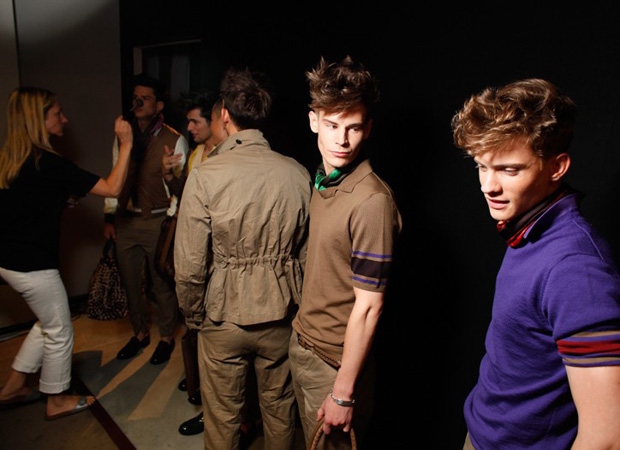 backstage-bottega-veneta-2010-ss