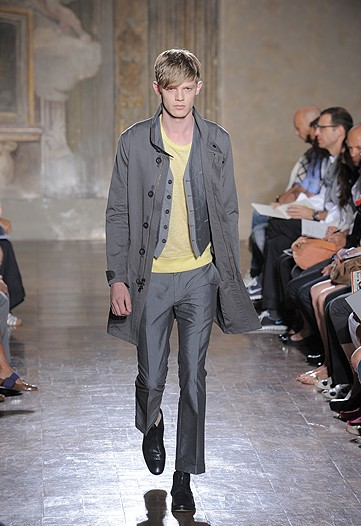 john-varvatos-2010-spring-rtw-collection