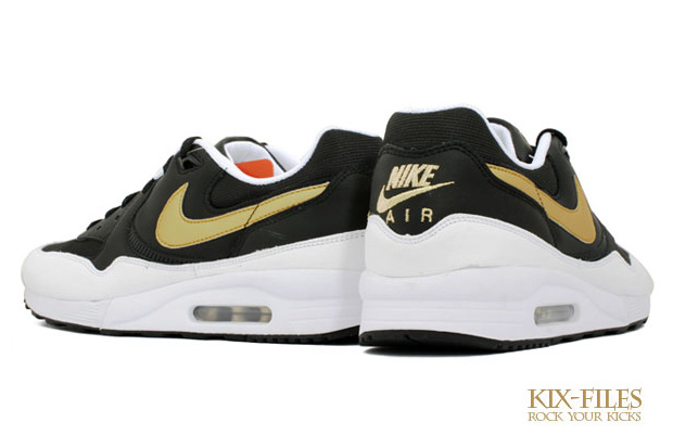 nike-sportswear-air-max-light-two-tone-gold-1