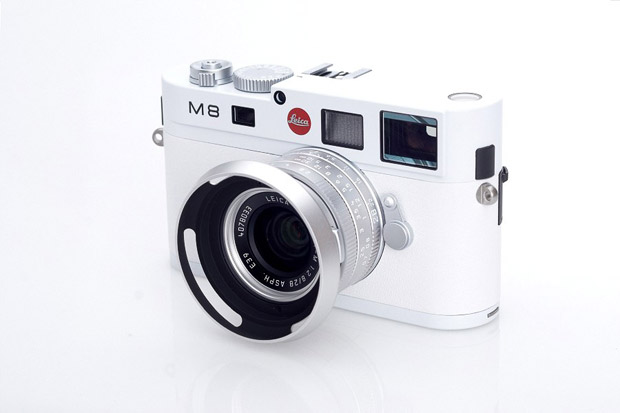 leica m8 white edition camera release 01 Leica M8 Special Edition White Version Camera Release