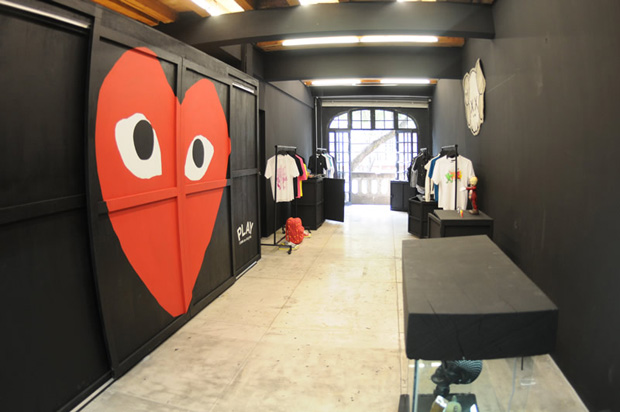 play-comme-des-garcons-headquarter-mexico
