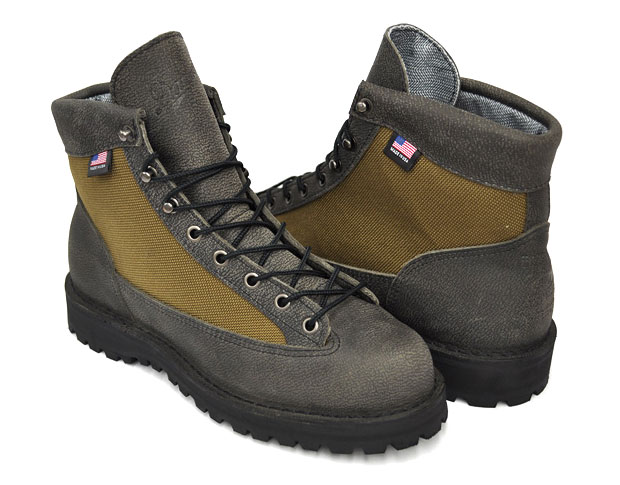 danner-japan-light-30th-anniversary-hiking-boot