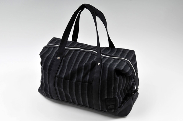 onitsuka-tiger-2009-fall-winter-gradient-stripe-bag
