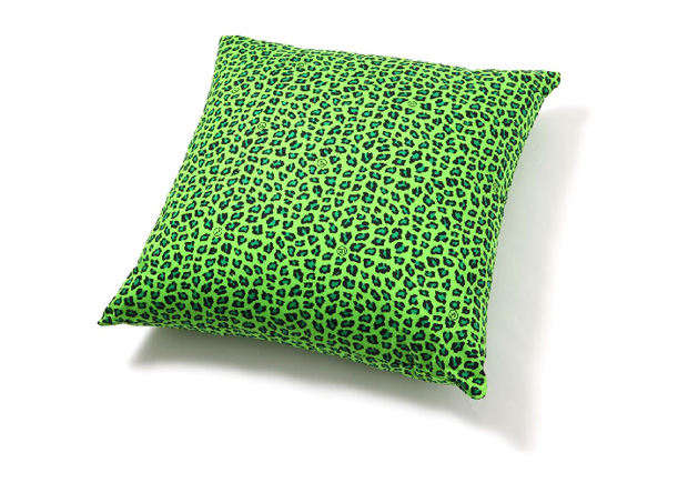 uniform-experiment-leopard-pattern-pillows