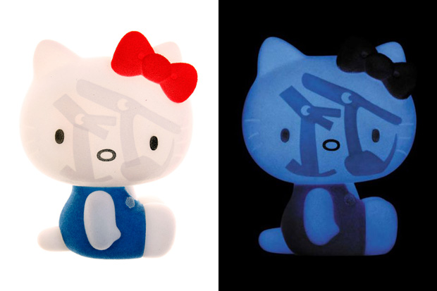 hello-kitty-caperino-peperone-vinyl-toy