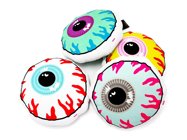mishka-2009-fall-pillows