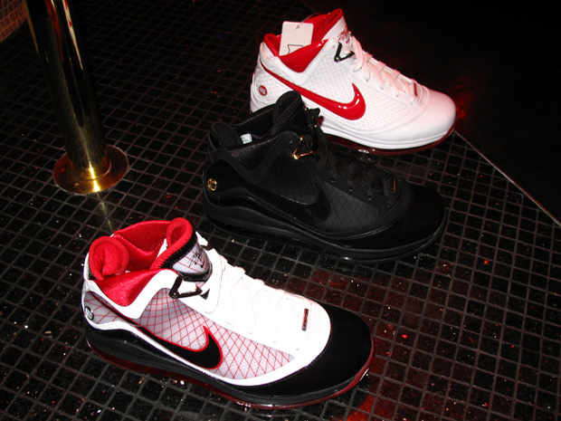 nike-2009-holiday-sneaker-preview