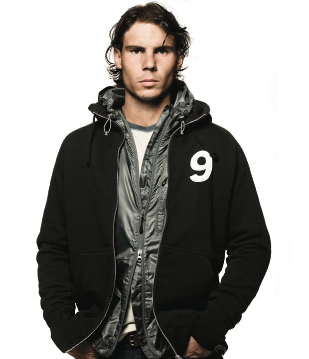 nike-sportswear-aw77-hoodie-style-photo-shoot