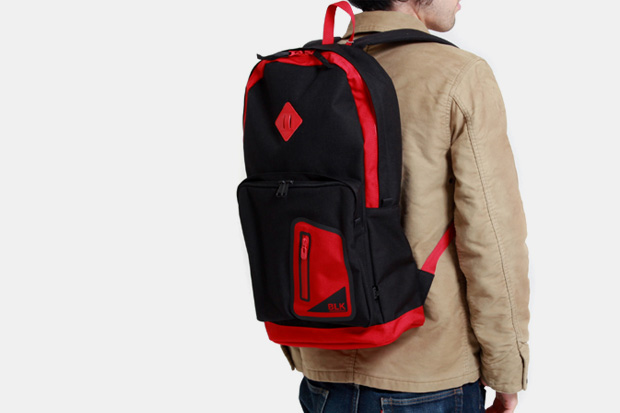 white-mountaineering-blk-porter-saturn-backpack
