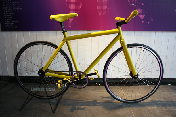 domeau-peres-pharrell-williams-brooklyn-machine-works-bike