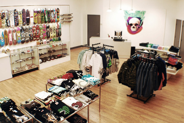 in4mation pearlridge 01 In4mation Pearlridge Grand Opening