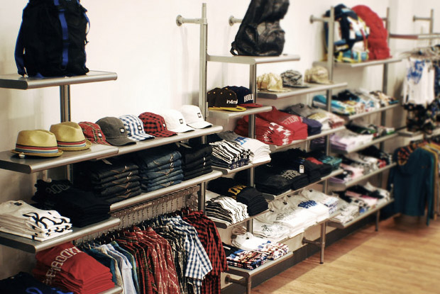 in4mation pearlridge 02 In4mation Pearlridge Grand Opening