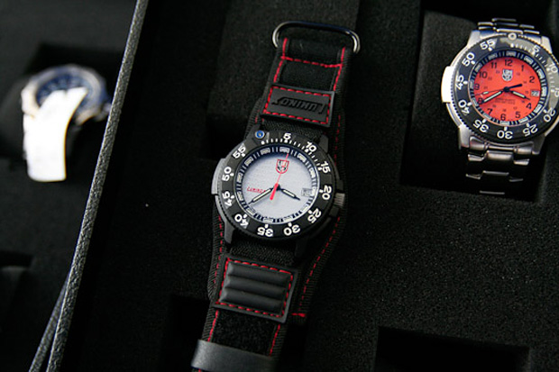 luminox-japan-leather-watch-holsters-leather