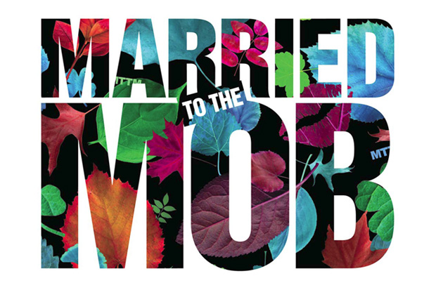 married-to-the-mob-2009-fall-winter-so-high-society