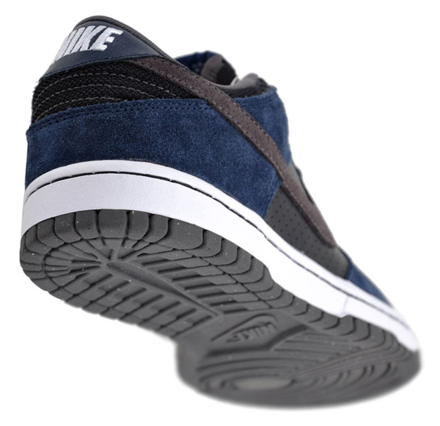 nike-sb-dunk-low-obsidian-black