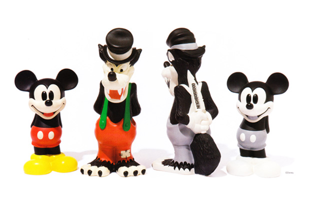 disney-neighborhood-15th-anniversary-figures