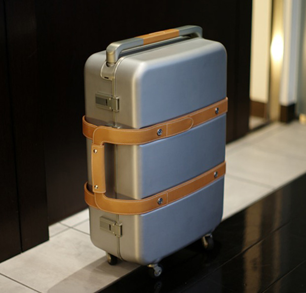 hermes-aluminum-leather-suitcase