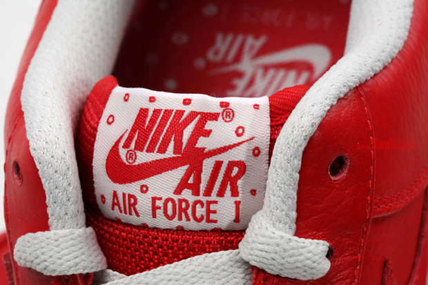 nike-air-force-1-premium-sport-red