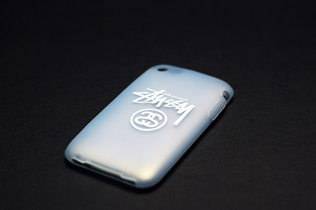 stussy-iphone-protector
