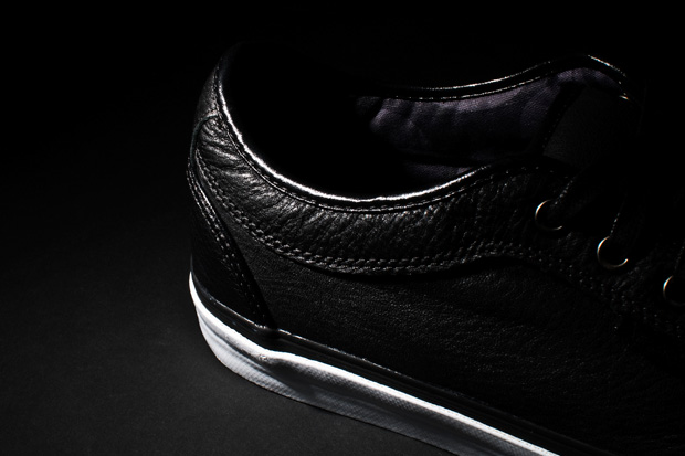 8five2-vans-10th-anniversary-chukka-low