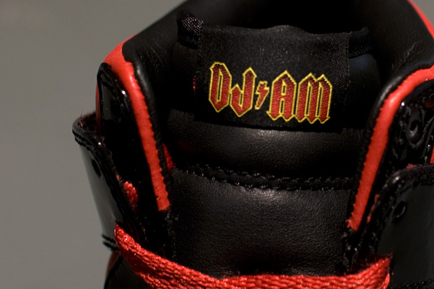 dj-am-nike-sportswear-dunk-high-closer-look