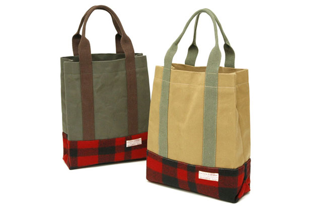 filson-buffalo-plaid-twill-tote-bag