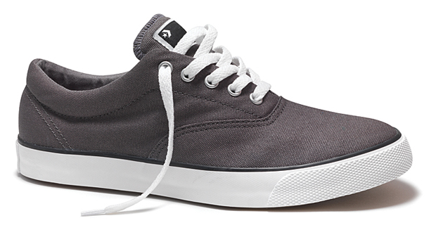 converse cons 2010 spring skate collection 2 Converse Skateboarding 2010 Spring Skate Collection