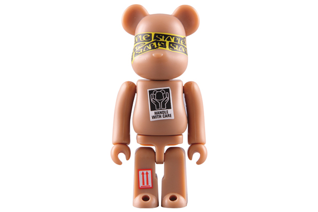 staple medicom toy bearbrick 100 400