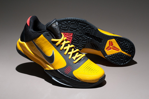 Look for the Bruce Lee x Nike Zoom Kobe V to hit select retailers on  February 6th, 2010. Source: Kenlu