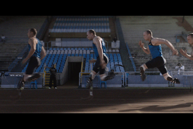 http://hypebeast.com/2010/2/nike-sportswear-human-chain-commercial