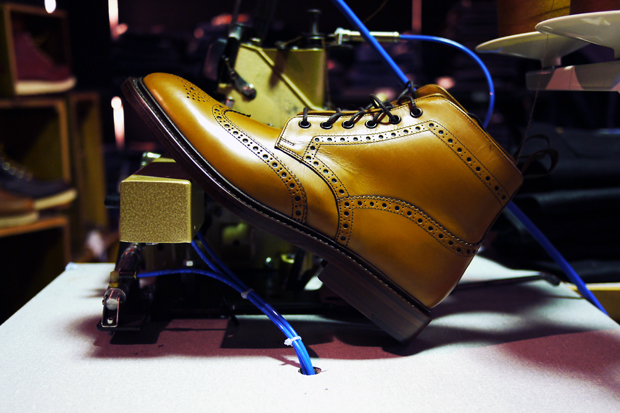 http://hypebeast.com/2010/4/loake-burford-two-boot