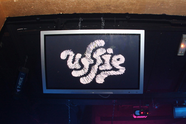 uffie release party folies pigalle